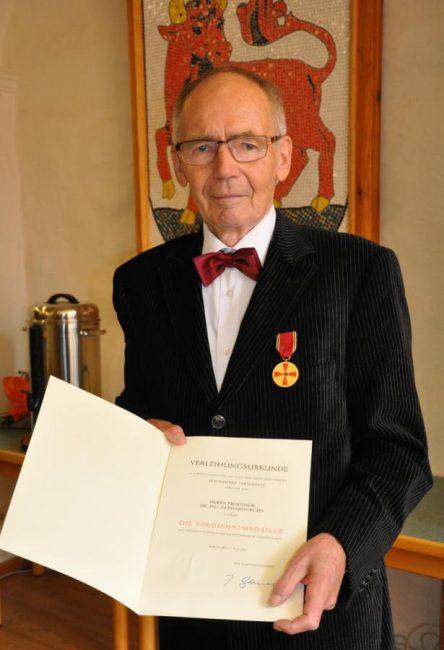 Hohe Auszeichnung für Prof. Dr. Gerhard Gruhn